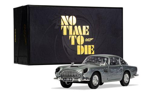 CC04314 1 James Bond Aston Martin DB5 No Time To Die Hero
